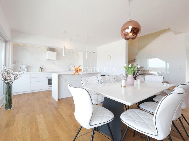 Kuća H321 – Nin, Zaton