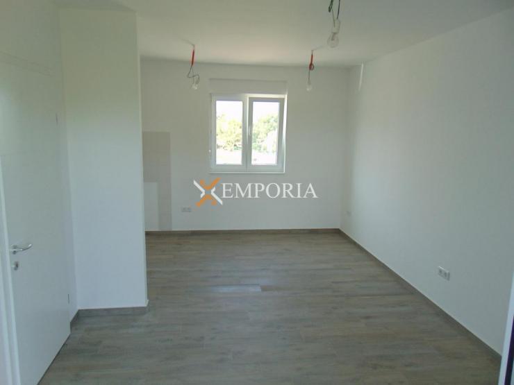 Apartman A402 – Nin