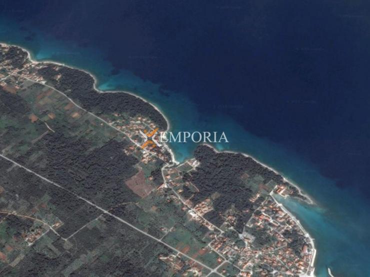 Građevinsko zemljište L228 – Otok Ugljan, Ugljan