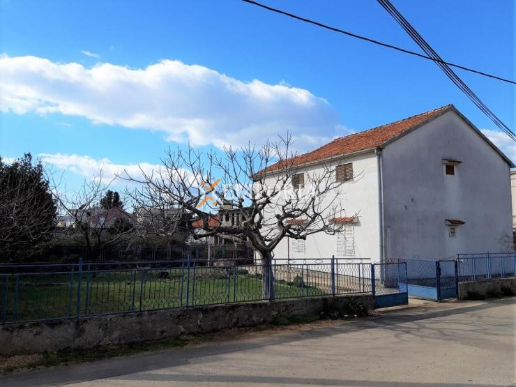 Kuća H388 – Sukošan