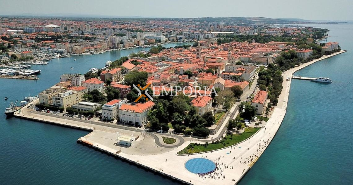 Poslovni prostor B129 – Zadar, Poluotok (stari dio grada)