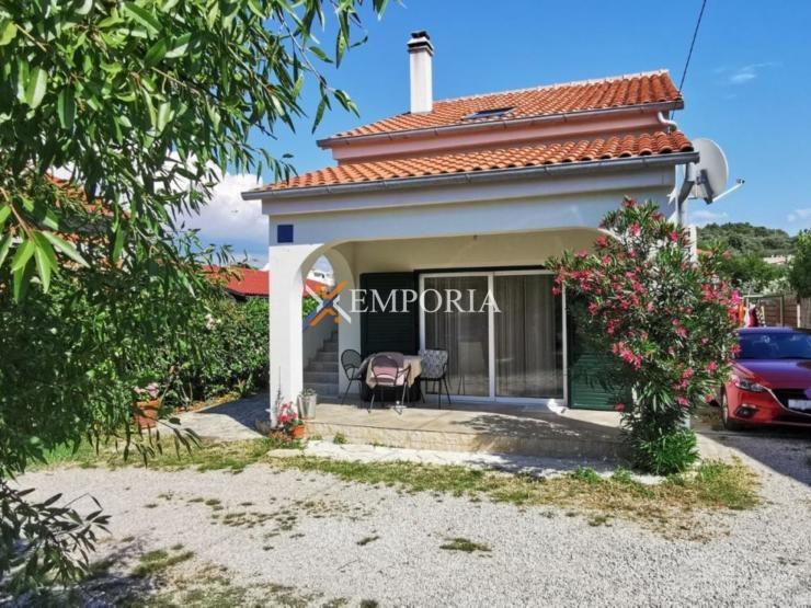 Kuća H443 – Otok Pašman, Banj