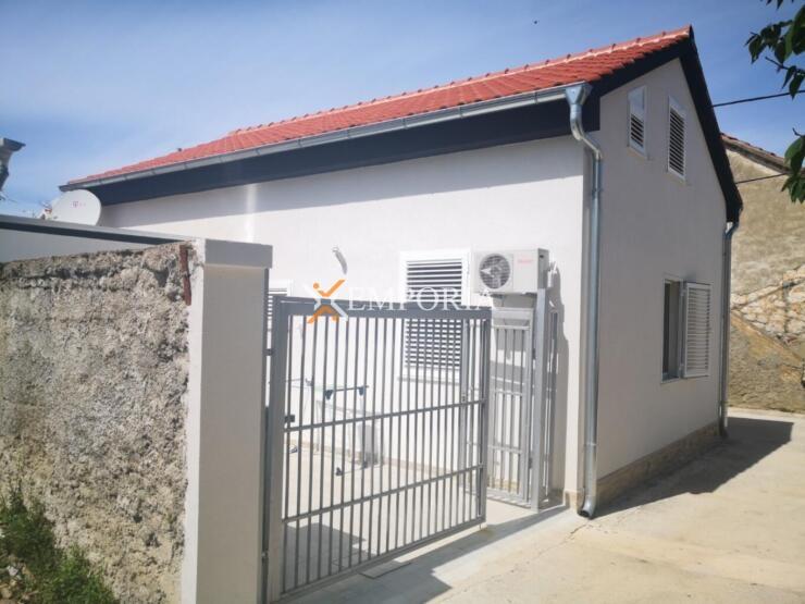 Kuća H481 – Privlaka